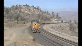 EMD SD90 MAC in the Tehachapi Hills