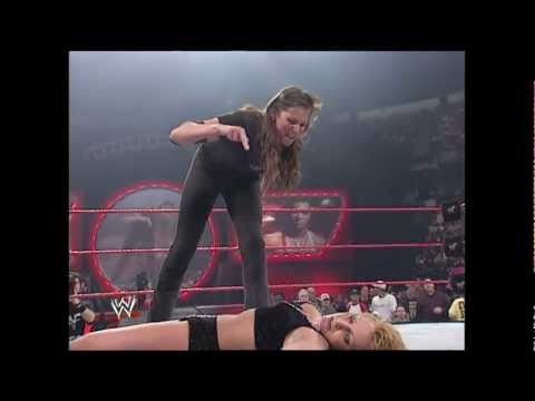 Stephanie McMahon vs. Trish Stratus - No Way Out 2001