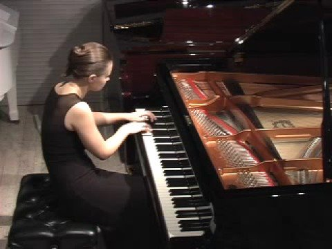 Anna Shelest plays Ligeti Etude No.10
