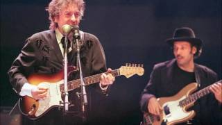 Watch Bob Dylan Mississippi video