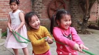 Kids Go To School | Chuns With Best Friends Competition Tug Of War Who Is Better 2