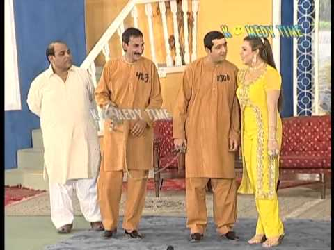 Mehngi Hui Angraee New Pakistani Punjabi Stage Drama 2013 video