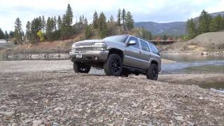 """03 Chevy Tahoe Z71/Leveling Kit/Fuel Couplers/34"""" Duratracs/N-Fab Side Steps"""