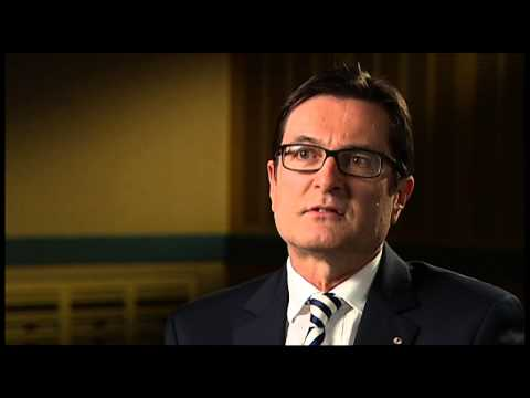 'Julia Gillard said she'd stand down in favour of me' says Greg Combet