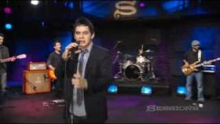 Клип David Archuleta - A Little Too Not Over You (live)