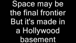 Red Hot Chili Peppers-Californication Lyrics