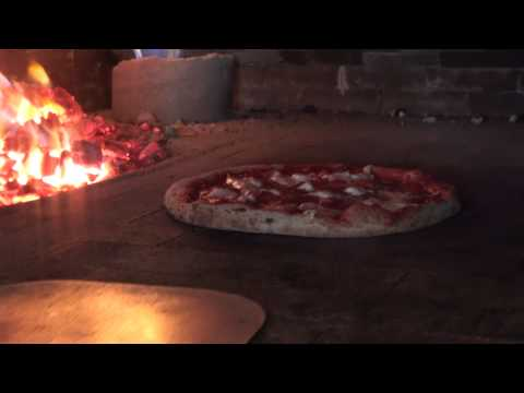 How to cook Coal fired pizza