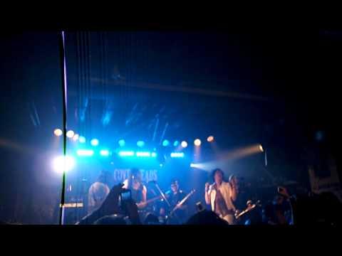 Coverheads, Gilby Clarke y Walter Giardino - Knockin' on Heaven's Door (Glamnation Party 21-04-2012)