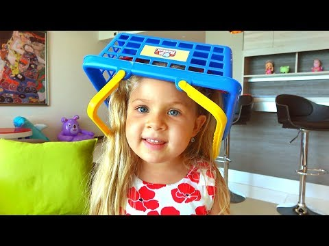Диана и бардак в доме! Видео для детей / Kids Pretend Play Cleaning the House