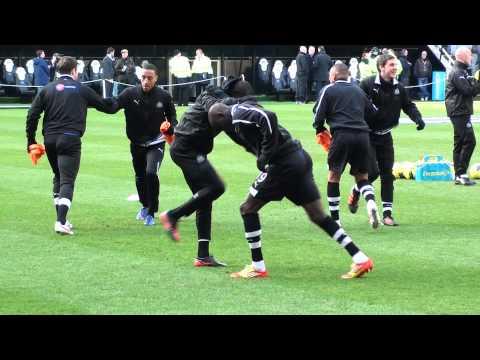 Demba Ba & Papiss Cisse - Senegal Twins Video Footage in Training