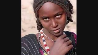 Tilahun Gessesse and Bezunesh Bekele - Alchalkum አልቻልኩም (Amharic)