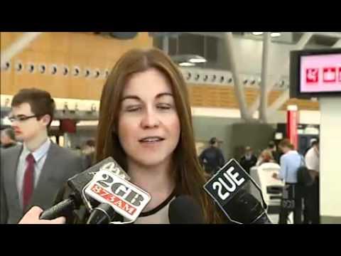Qantas staff strike over pay dispute