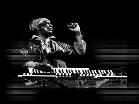 SUN RA - DANCE OF THE COSMO ALIENS