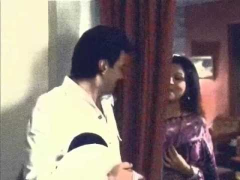 Abke Sajan Sawan Mein - Chupke Chupke (not Lata, Really !!) video