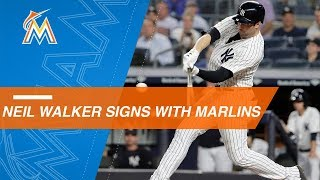 Neil Walker signs with the Marlins