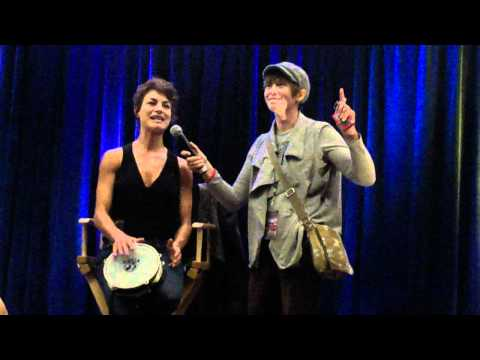 """Pudding, Assbutt, Pie"" - Song Attempt #1 - Traci Dinwiddie Panel - Supernatural Toronto Con 2011"