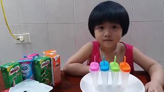 Bé Làm Kem Gia Linh Làm Kem Que Bằng Sữa DIY Ice Cream Stick How to make ice cream