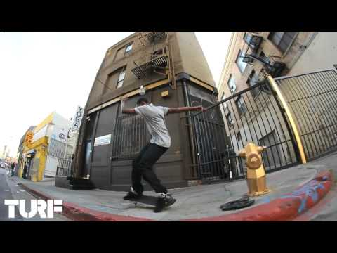 ON THE TURF w/ TONY MONTGOMERY - FS FLIP HYDRANT