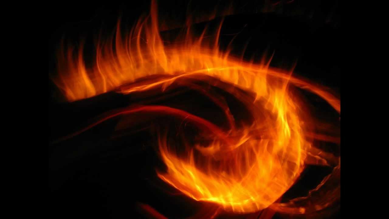 Magnifique fond d 39 cran de feu de camp avec effet sp ciaux for Magnifique fond ecran