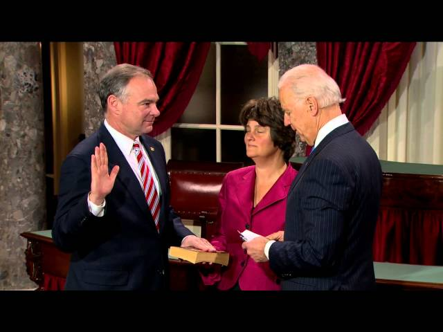Swearing in of Senator Tim Kaine (D-Va.)