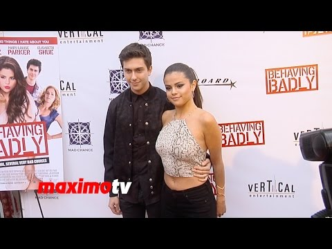 Behaving Badly Selena Gomez, Nat Wolff, Elisabeth Shue, Lachlan Buchanan PREMIERE