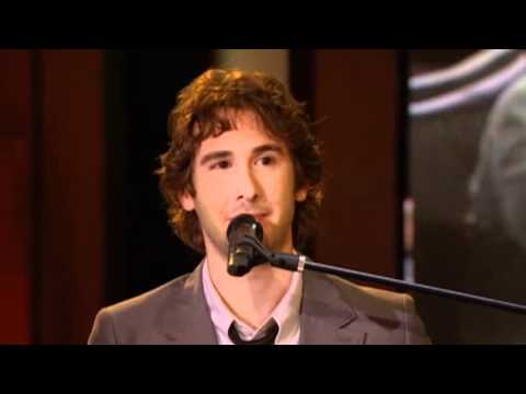 Josh Groban makes Savanna's day
