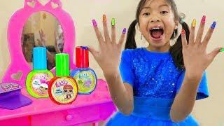 Wendy Pretend Play Painting Nails w/ LOL Surprise Nail Beauty Salon Makeup Toys