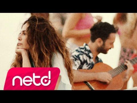 Emirhan Cengiz feat. Betul Demir Hacıyatmaz retronew