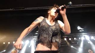 Watch Beth Hart Miss Lady video