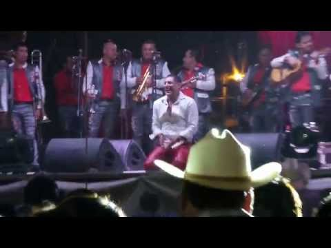 Mi Enemigo El Amor- Pancho Barraza en Zacatepec 2014