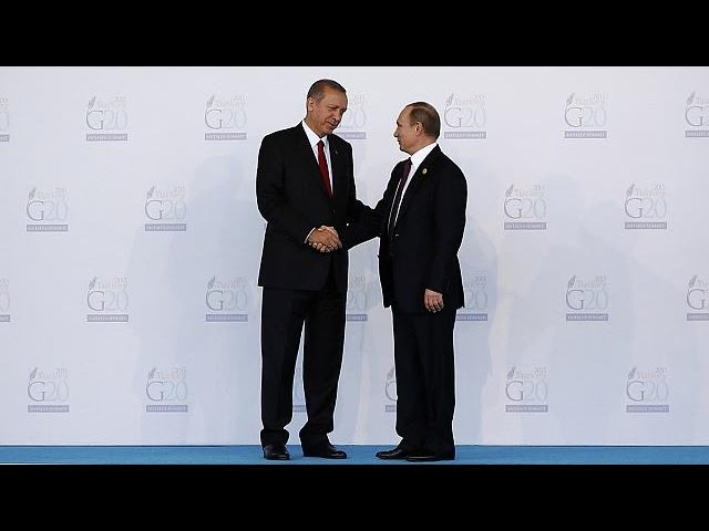 """La Russie ne va pas """"déclarer la guerre à la Turquie"""""""