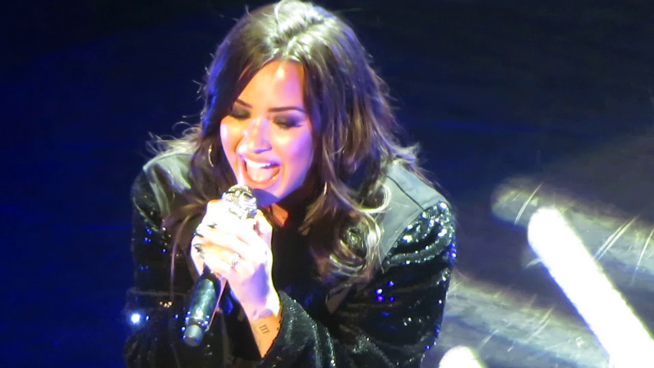 Cry Baby Demi Lovato Live Nyc Youtube