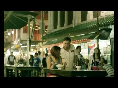 MakeMyTrip.com Funny Advertisment - Chicken