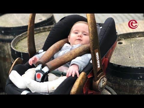 Efteling introduceert: Baby's in de achtbaan Python