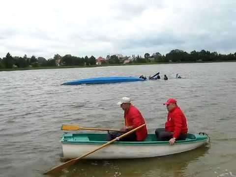 Неудачный заплыв на лодке