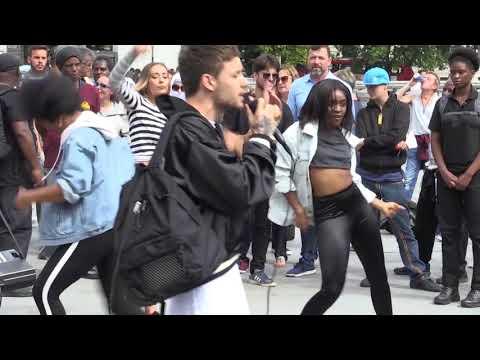 Liam Payne surprises fans in Trafalgar Square