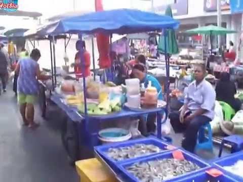 ตลาดเย็นพิมาย phimai walking street