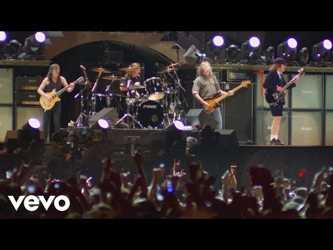 AC/DC - Back In Black Live