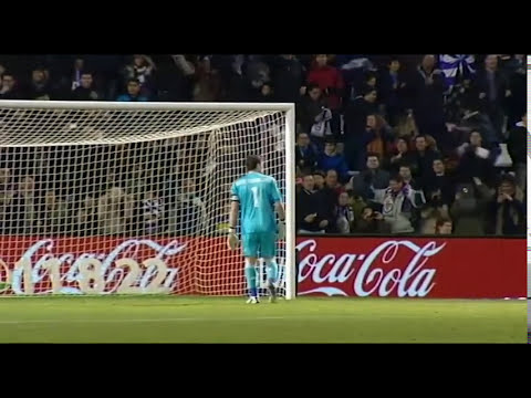 Casillas vs Valdés, sus guantes