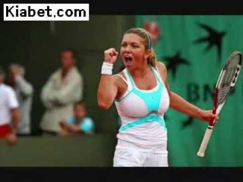 シモーヌ halep Теннисистка решила уменьшить грудь AxeBet.com