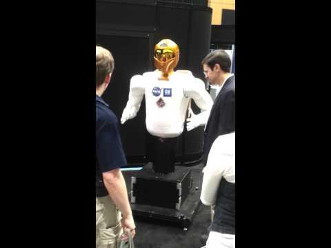ReNeu Lab Trip to ICRA 2012: The Robonaut