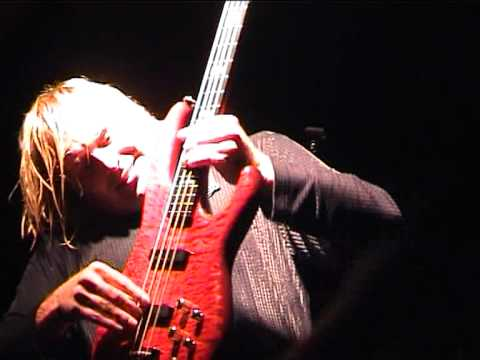 Dokken (with John Norum) - It's Not Love live in Hungary, 2002.