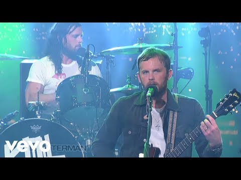 Kings Of Leon - Use Somebody (Live @ Letterman, 2013)