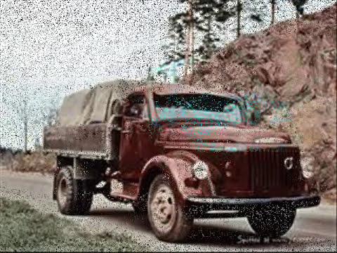 Os caminhões antigos da rodagem