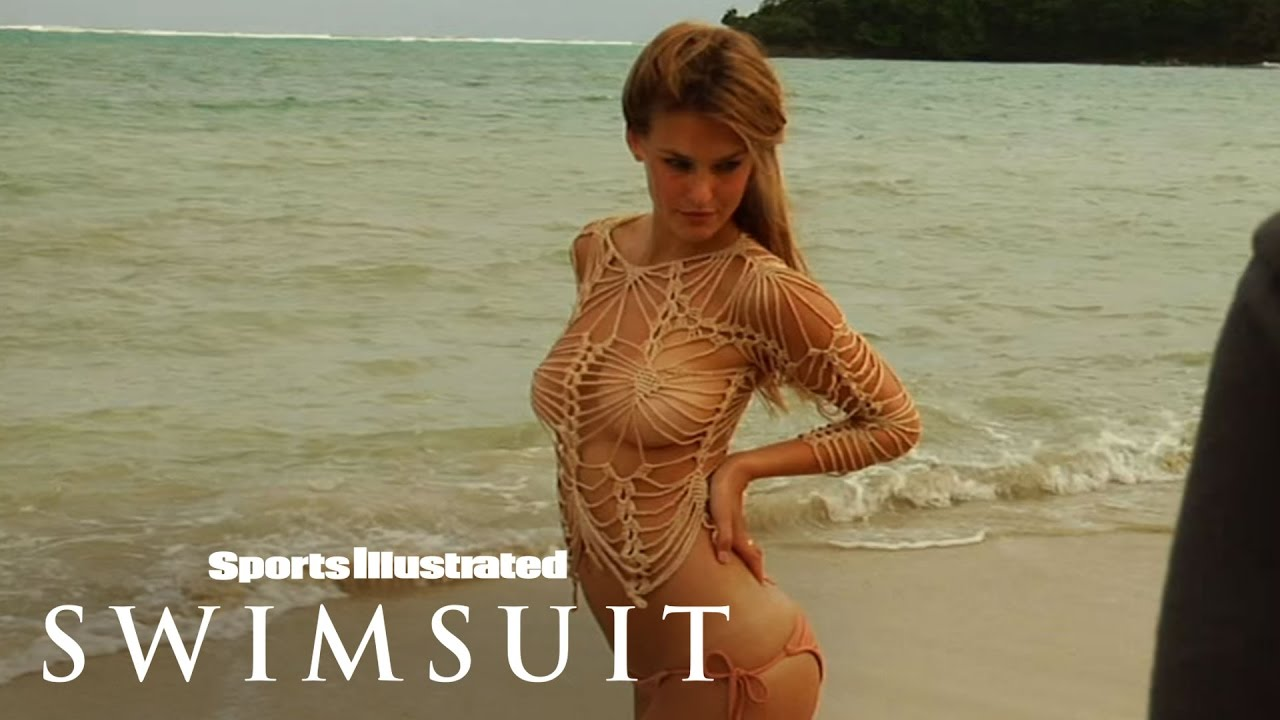 Displaying Images For - Bar Refaeli Body Paint...