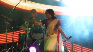Shreya Ghoshal Live hot song