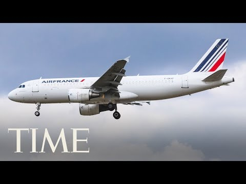 'Child Migrant' Stowaway Found Dead In Landing Gear Of Air France Plane | TIME