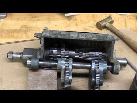 MACHINE SHOP TIPS #131 Repairig a Logan Lathe Gear Box PART 2 tubalcain