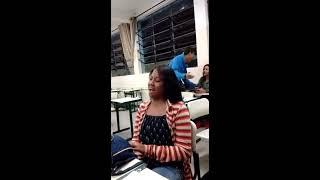 download musica Mesmo rouca menina canta e surpreende na escola