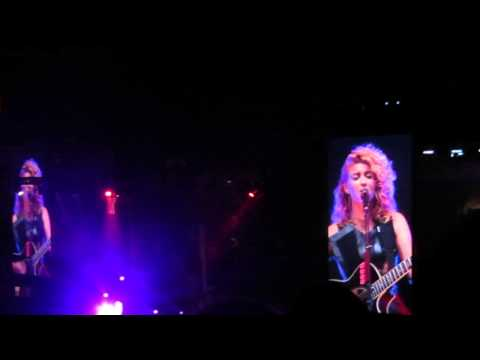 Daydream - Tori Kelly  Madison Square Garden - 1 11 2013 video